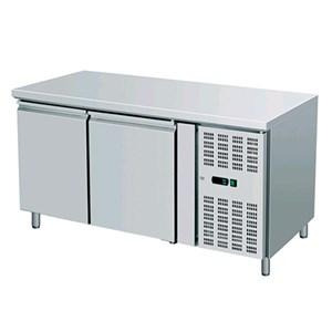 MESA REFRIGERADA DE ACERO INOX AISI 304 - PASTELERÍA - Ventilado - Mod. AK2100P - N. 2 PUERTAS - Capacidad lt. 390 - Temperatura -2°/+8°C - Dim. cm L 151 x P 80 x 86 H - CE