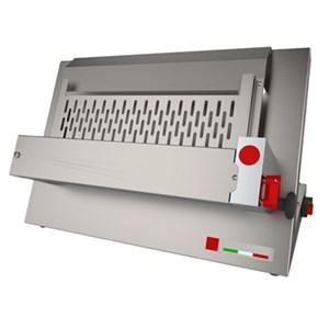LAMINADORA DE PIZZA - 1 PAR DE RODILLOS - Mod. O 42 C - Longitud de los Rodillos cm 40 - Potencia hp 0,50 - Alimentación monofásica 230 V - CE